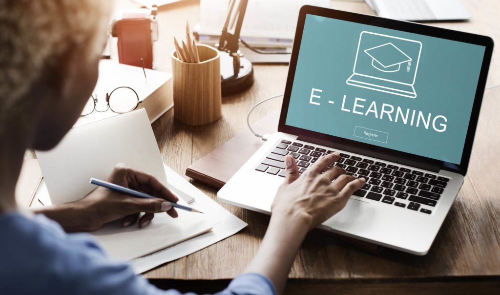 reasons to sell courses online